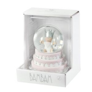 Snowglobe Girls Cake